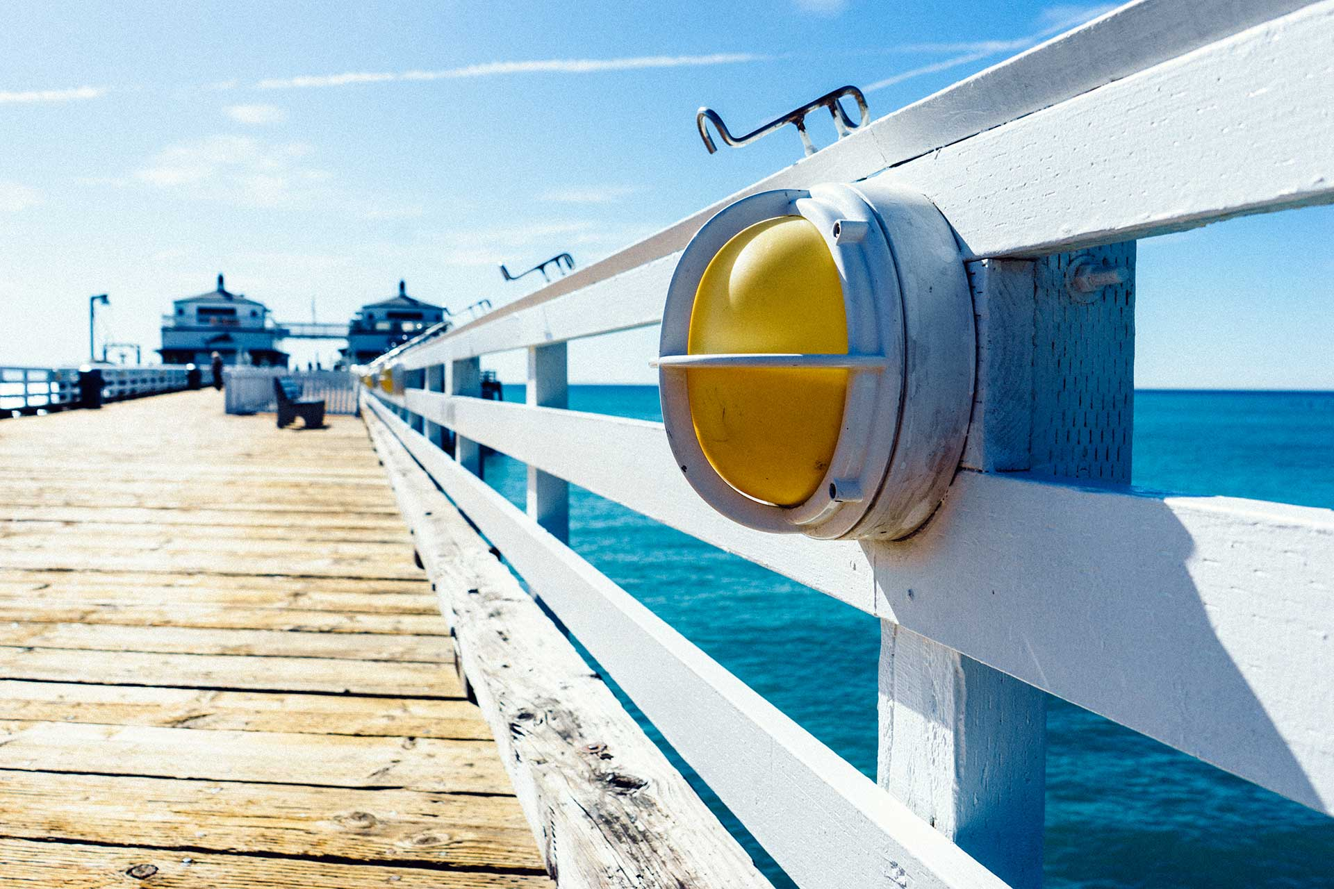jetty-landing-stage-light-sea